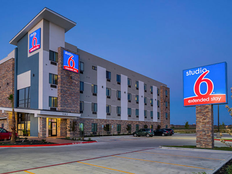Exterior view of Motel 6